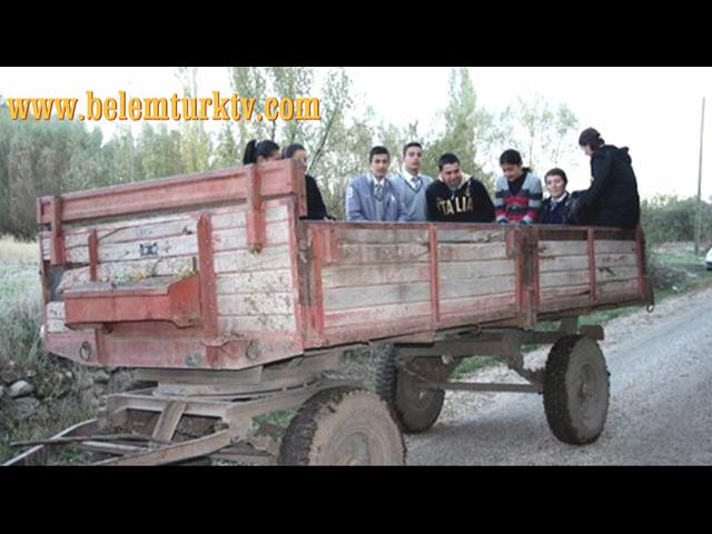 Afyon'da Öğrencilerin Okul Yolu Çilesi