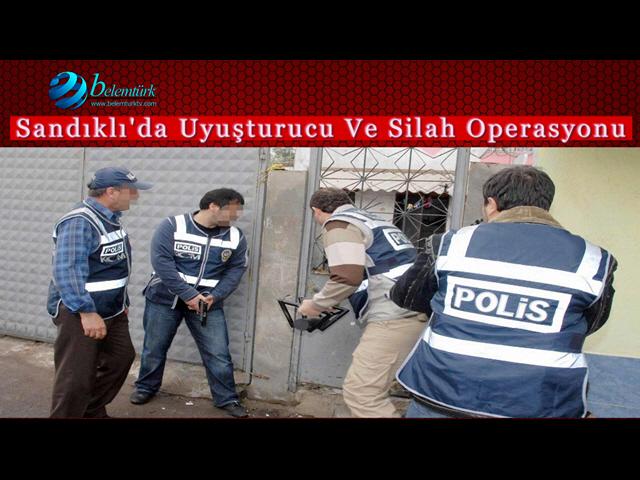 Sandıklı'da Uyuşturucu Ve Silah Operasyonu