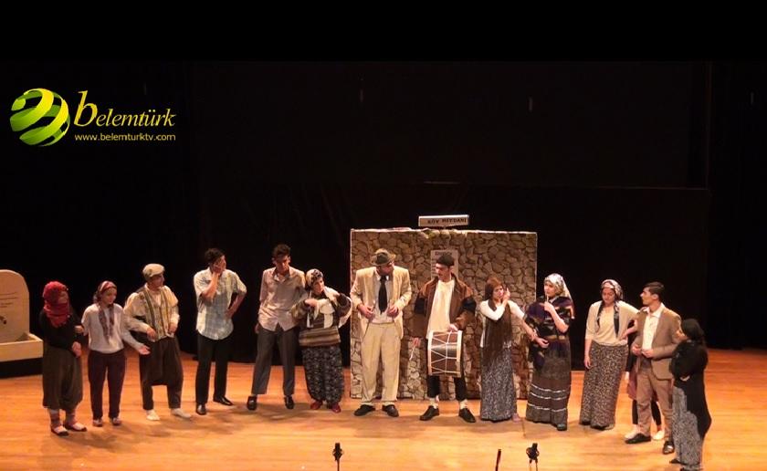 Gent Türk Tiyatrosu Hem Güldürdü Hemde Ağlattı
