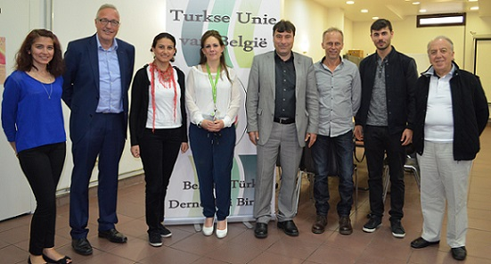 Gent Turkse Unie Yaşlıların Bakımıyla İlgili Bilgilendirme Toplantısı Düzenledi