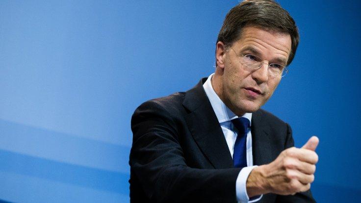 Türk siyasetçileri engelleme kampanyasına Hollanda da katıldı
