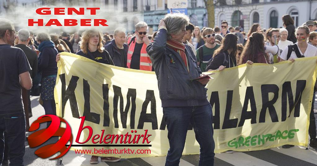 Belçika'nın Gent Şehrinde 10 bin kişi iklim değişikliğine karşı yürüdü