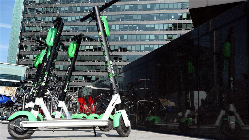 Brüksel'de Ulaşım Seçeneği Olarak Elektrikli Scooterler Yaygınlaşıyor