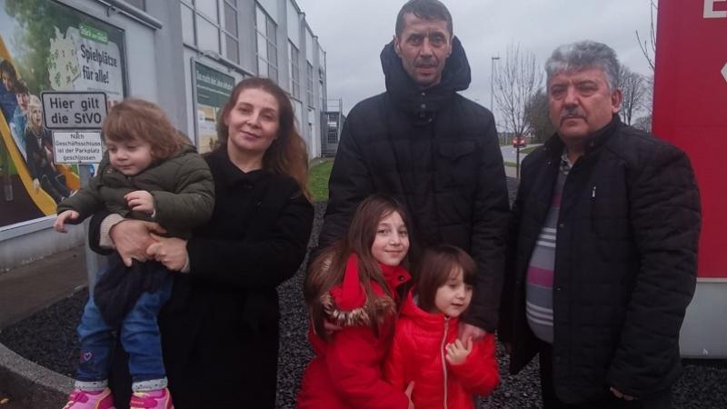 Çocukları ellerinden alınan Türk aile hukuk mücadelesini kazandı
