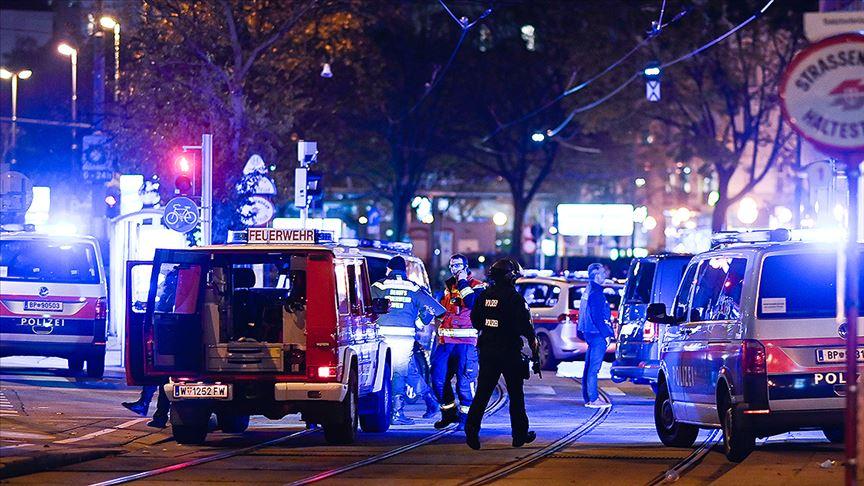 Avusturya'nın başkenti Viyana'daki terör saldırısında 1 Türk genci yaralandı