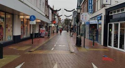 Hollanda meclisi sokağa çıkma yasağını onayladı