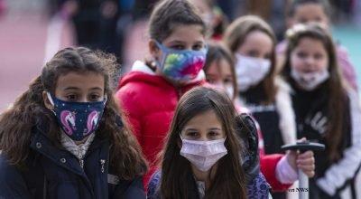 Belçika, maske takma zorunluluğunu 12 yaştan 10 yaşa indirebilir