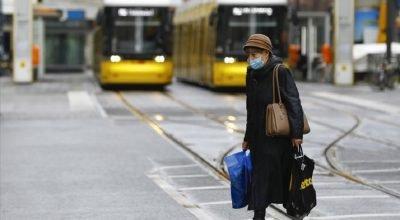 Almanya'da koronavirüs tedbirleri 18 Nisan'a kadar uzatıldı