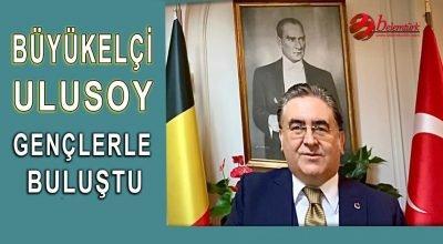 Büyükelçi Ulusoy Eğitim Diplomosisi Seminerinde Gençlerle Buluştu.