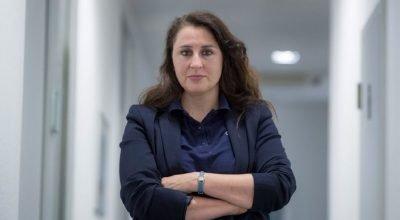 Türk avukat, aşırı sağcılardan tehdit mektubu almaya devam ediyor