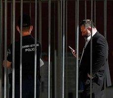 Irkçı Yunan vekil Lagos, Brüksel'de tutuklandı